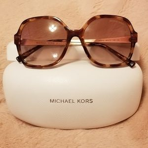 Michael Kors Sunglass